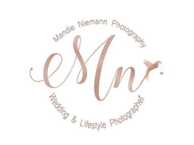 Mandie Niemann Photography - I am Mandie, a wedding photographer living in Bloemfontein.  I am willing to travel all over South Africa and Free State.  My aim is to  capture your once in a lifetime moments and make them one in a million.